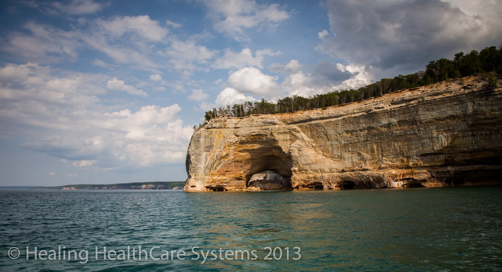 Pictured Rocks from boat3