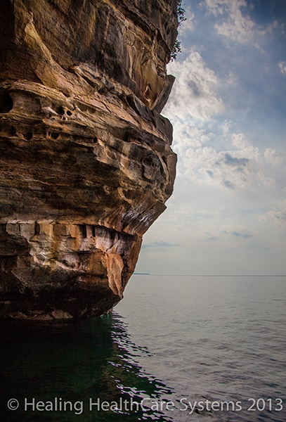 rock_wall_from_boat