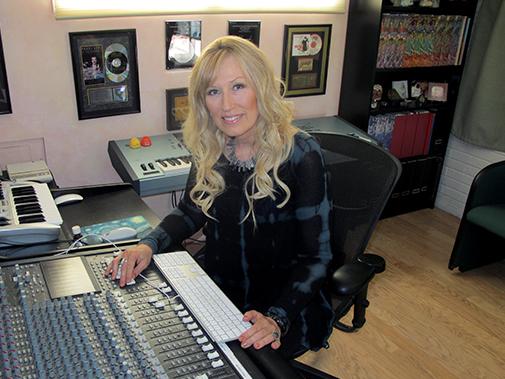Darlene-in-Studio